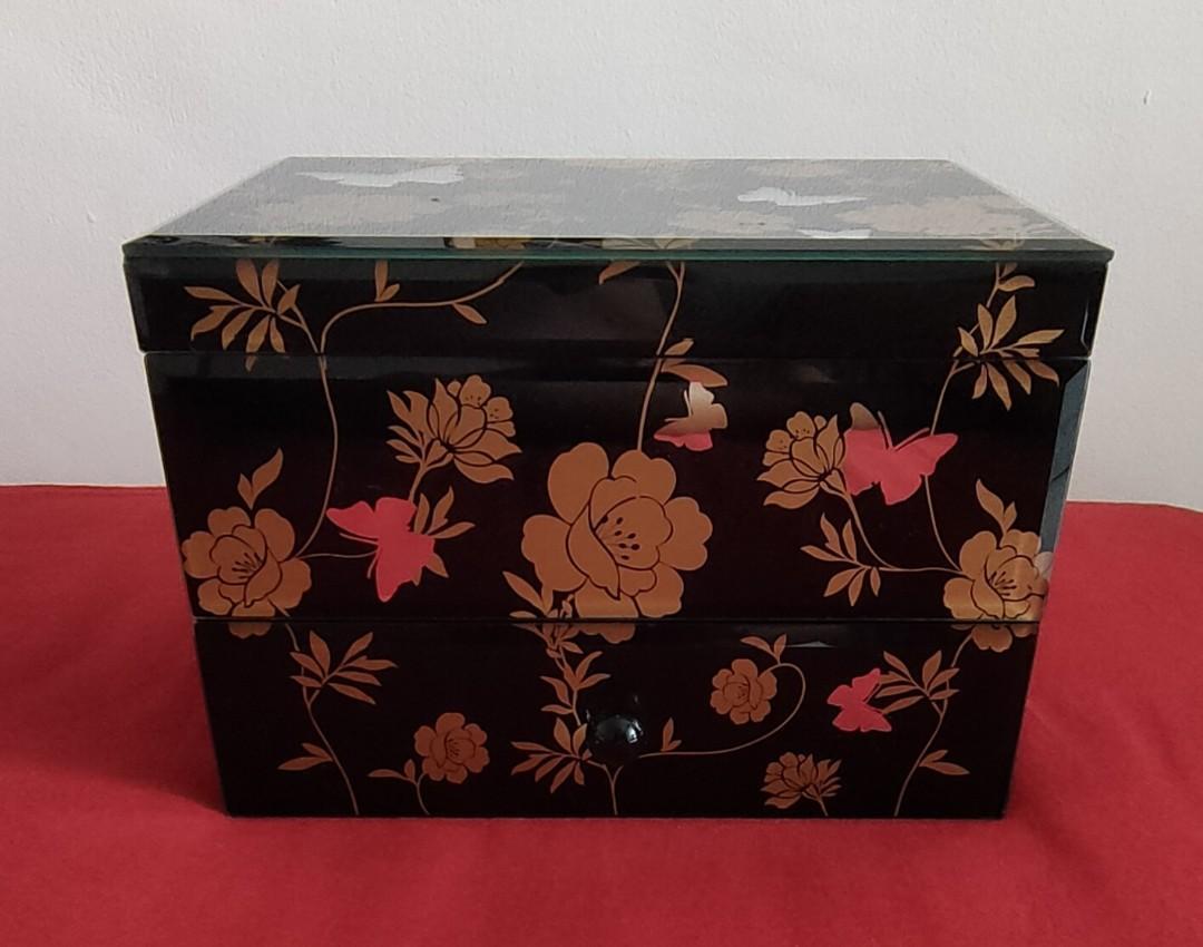 Jewelry Box Antique