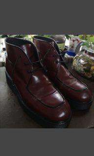 Kenneth Cole 酒紅色短靴 40號