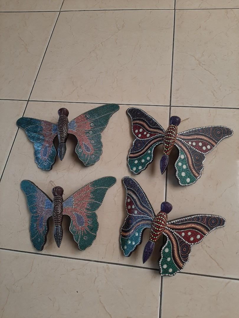 Kupu kupu gantungan