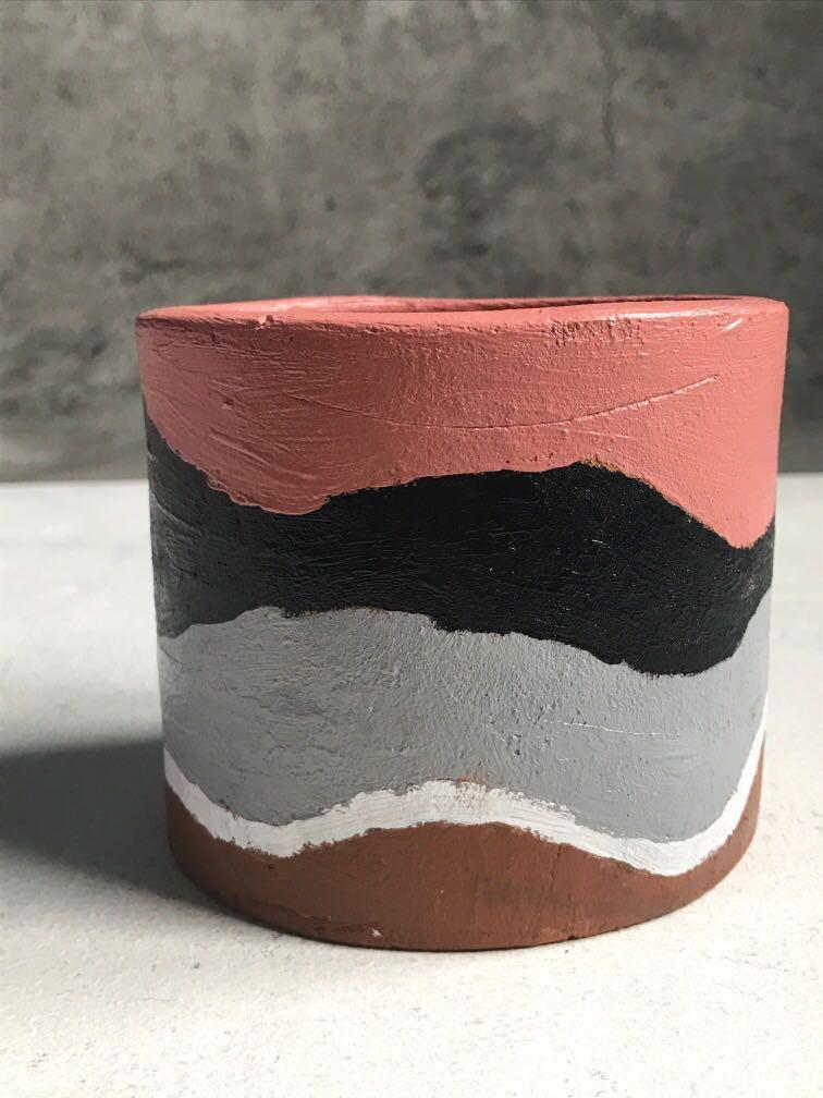 painter plant pot #1