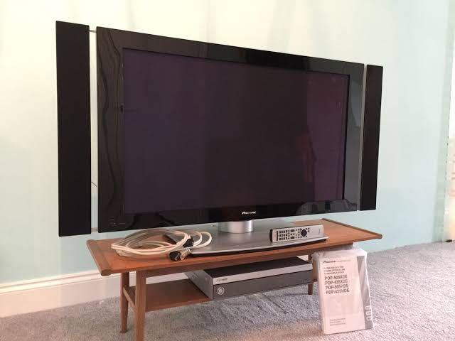 Pioneer Plasma Display TV 43 inch