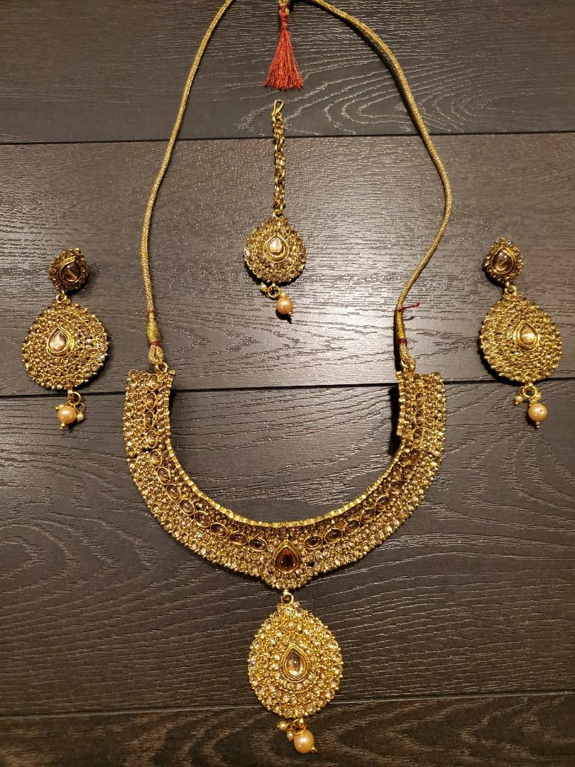 South Asian Jewellery Set
