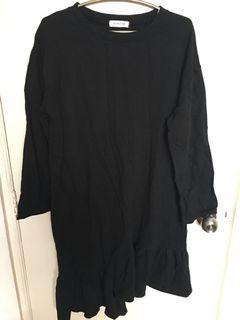 3.3 Field Trip Korean Brand Black Loose Tshirt Dress