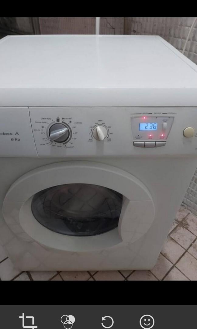 可用券 ~二手中古進口品牌BAUMATIC6公斤滾筒洗脫烘洗衣機,尺寸較小寬59.5cm,220V,適合嵌入裝潢,請加line帳號chin0290問
