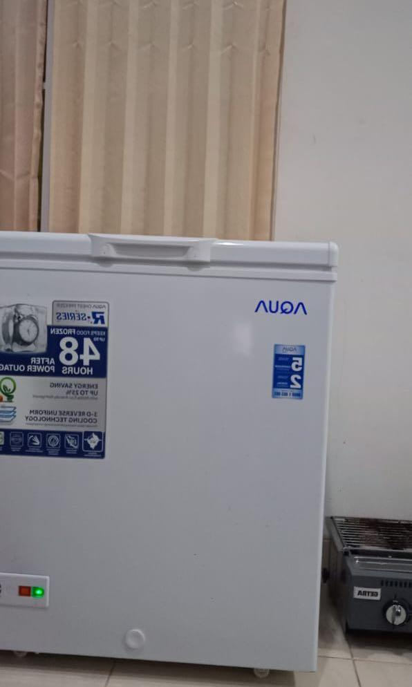 AQUA AQF 150 FR CHEST FREEZER BOX 150FR LEMARI PEMBEKU 146 LITER