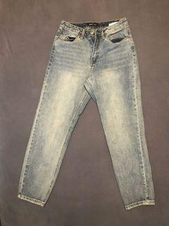 Bluenotes high rise mom jeans