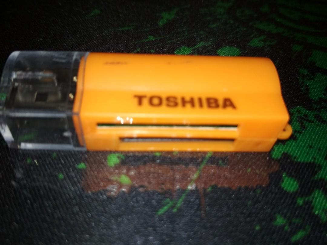 Card reader Toshiba