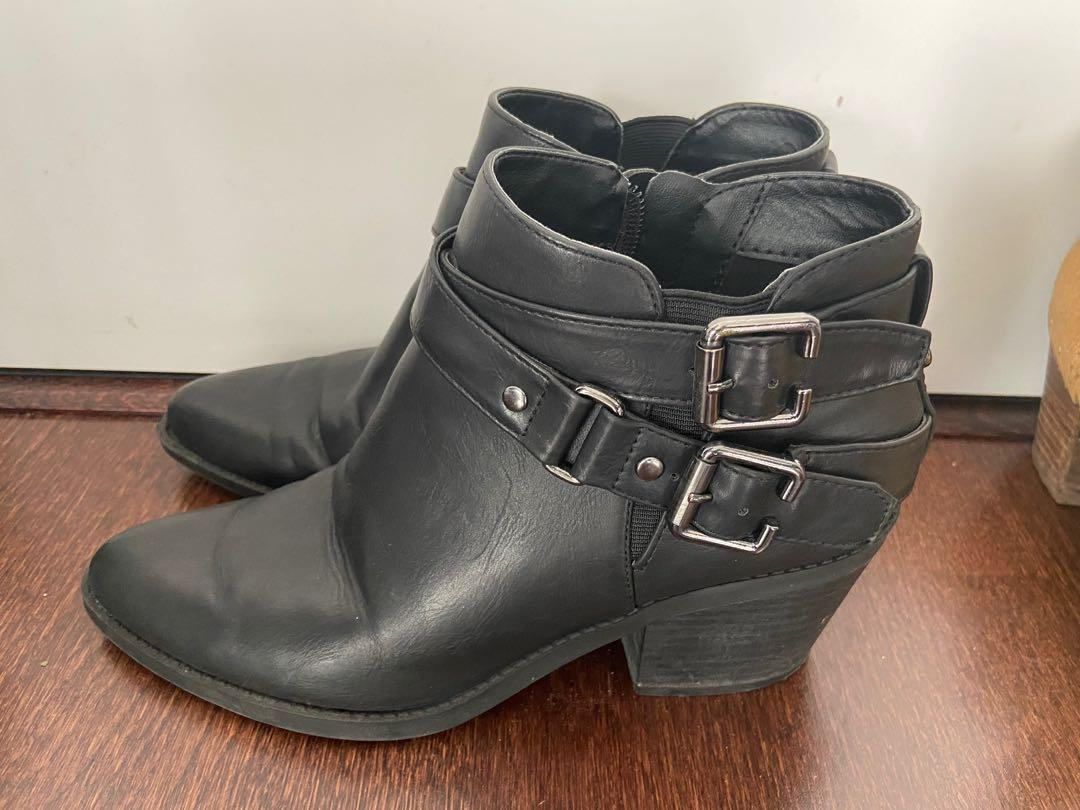 Guess Bootie #7