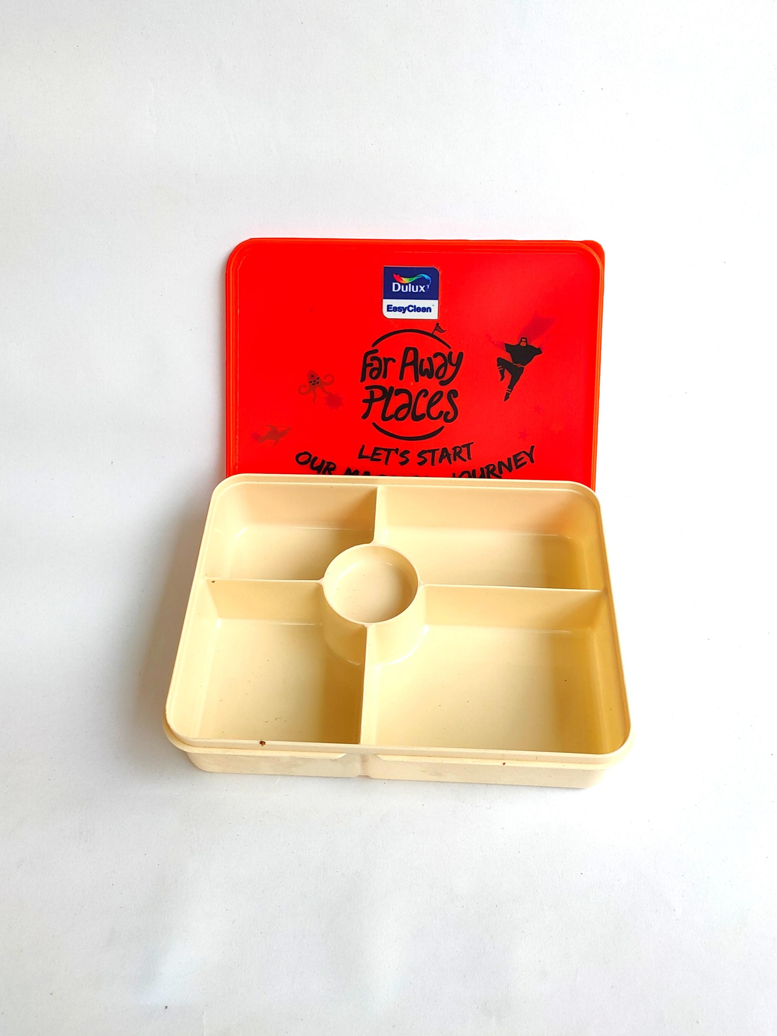 Kotak Makan Sekat Dulux Orange