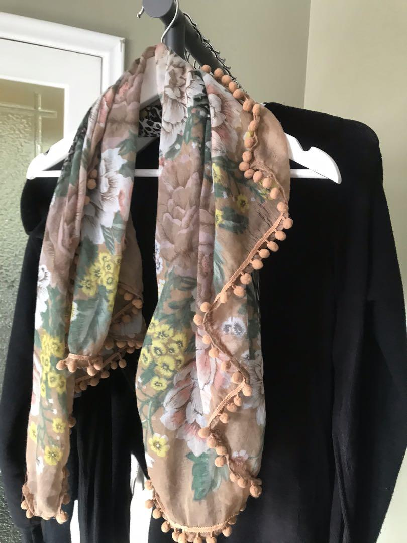 Mendocino Womens Scarf (One Size)
