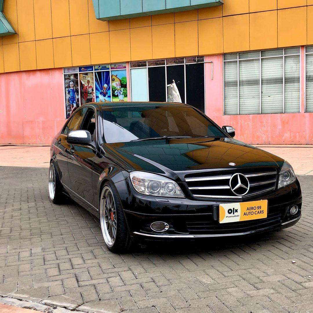 Mercedes benz C280  Hitam metalic Km 69.000 3000cc V6 engine