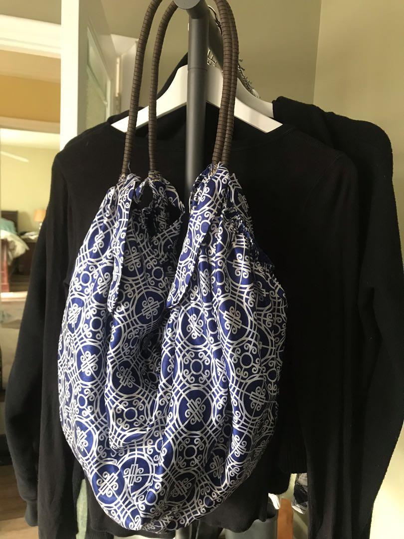 Old Navy Limited Edition Blue & White Shoulder Bag
