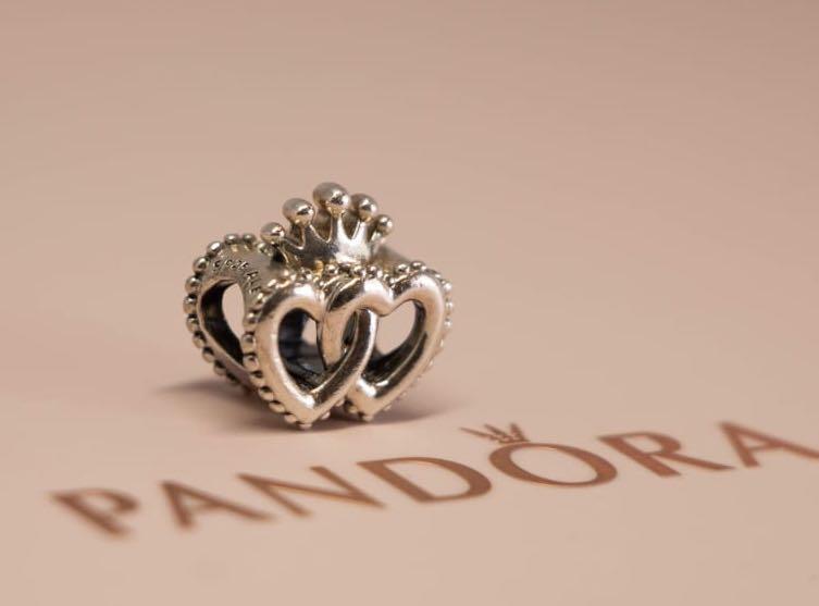 Pandora Charm - United Regal Hearts