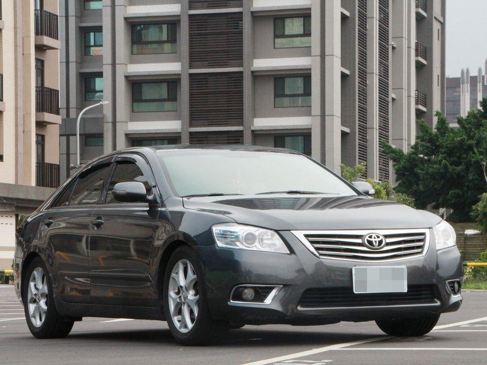 2010 Toyota Camry 2.4 灰 要買就買2.4 入庫