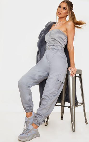 Brand new size 6 highwaisted pants with tags