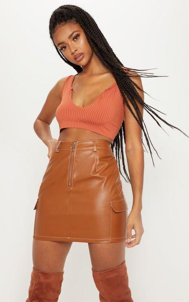 Brand new size small highwaisted tan leather skirt