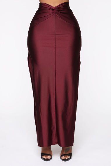 Brand new size small slit maroon skirt