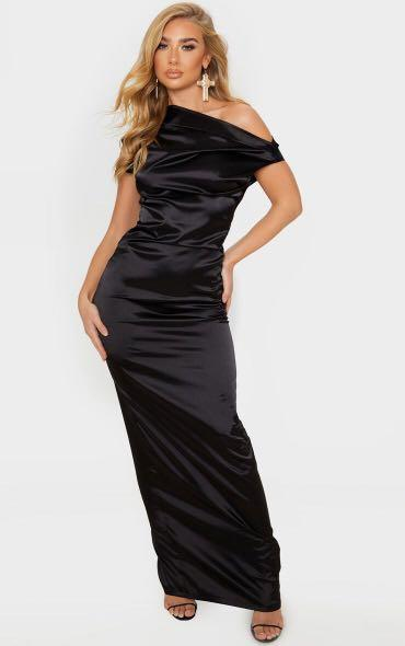 Brand new with tags size small gown