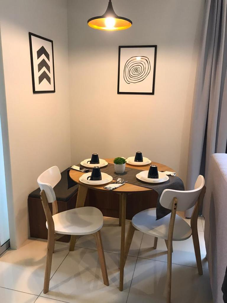 New Round Dining Table With 2 Chairs, Round Table Promosi
