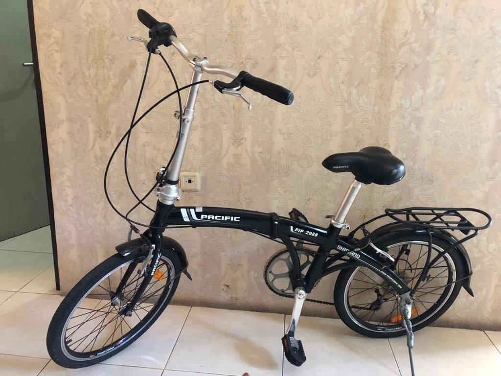 Pasific Sepeda Lipat