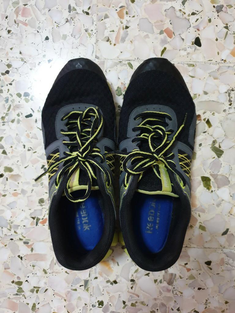 Reebok shoes (Size: USA - 10, UK - 9