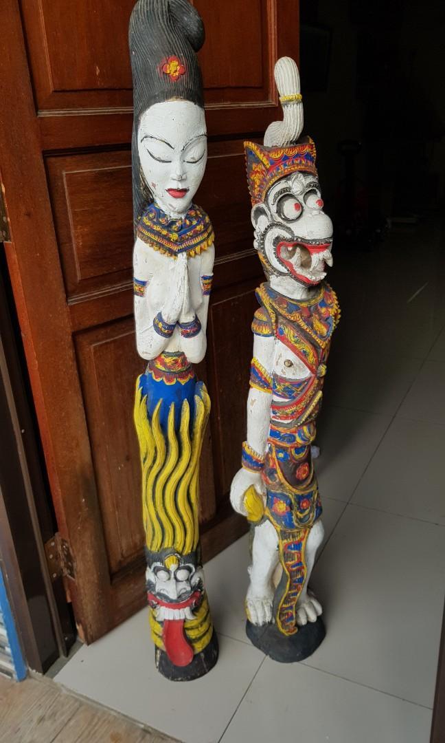 Sepasang patung kayu bali tinggi 130 cm