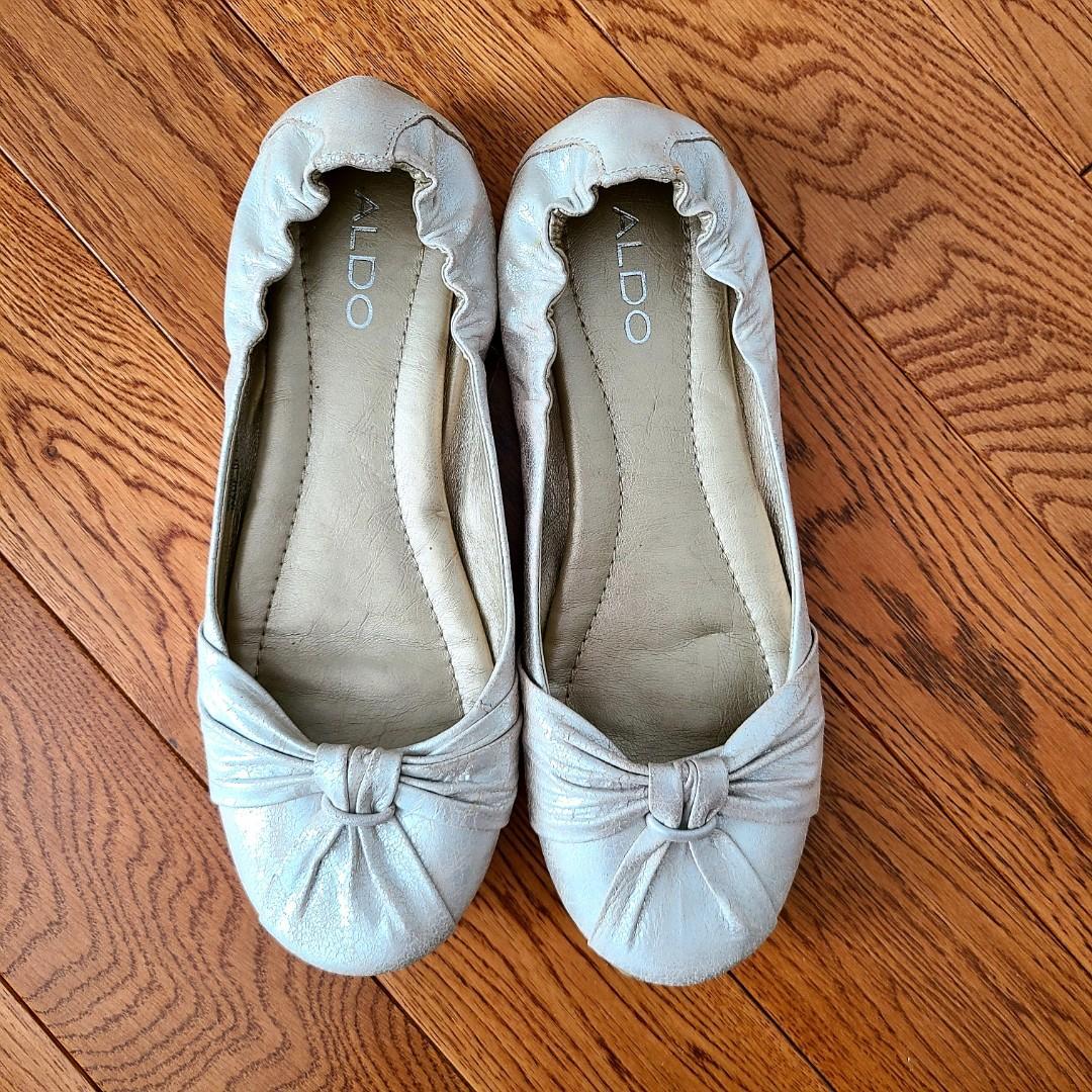 Women Aldo Silver distressed Ballet Flats size 38
