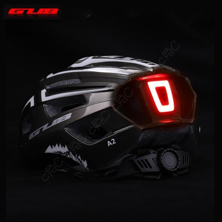 GUB-全新自行車【警示燈】安全帽:一體成形可調式單車USB充電尾燈頭盔 腳踏車通風19孔透氣內襯 破風流線可拆式帽簷 safty helmet