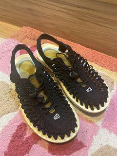 Keen 日本限定色 涼鞋