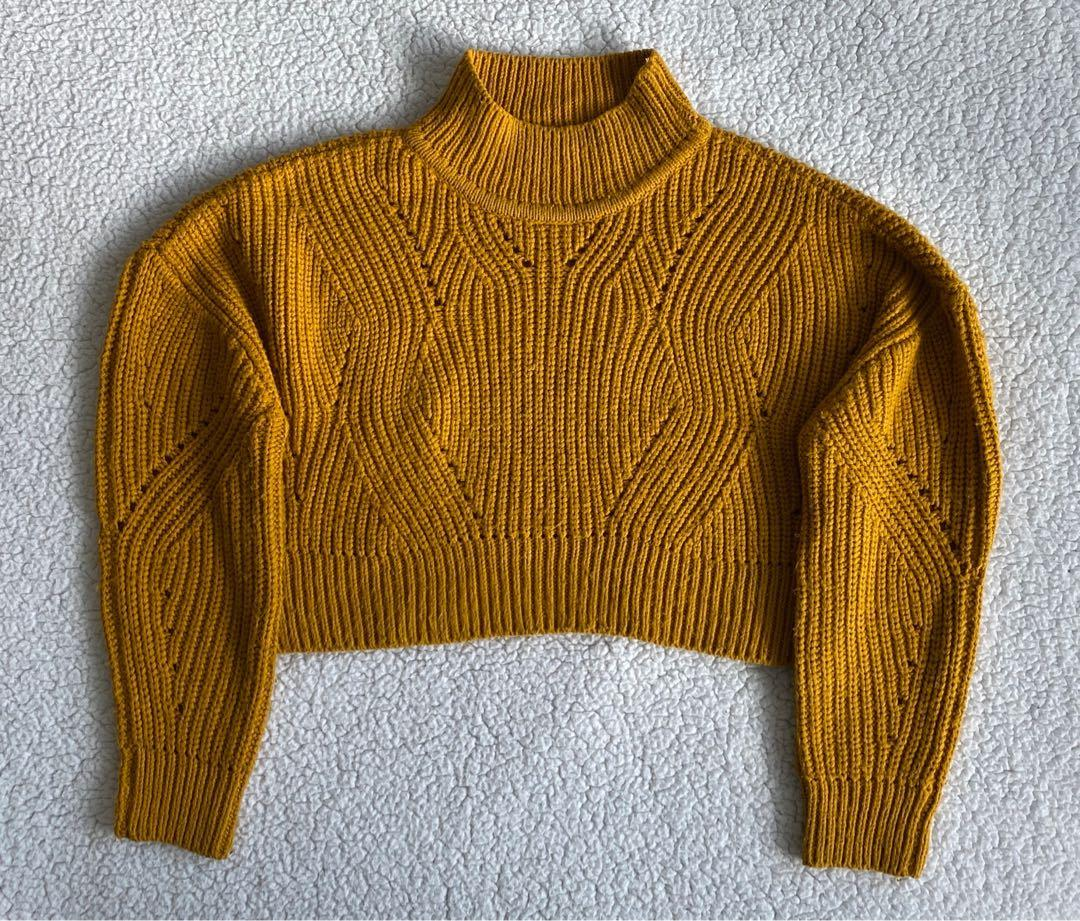 new m boutique cropped mustard sweater