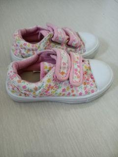 Sepatu anak Perempuan Mothercare