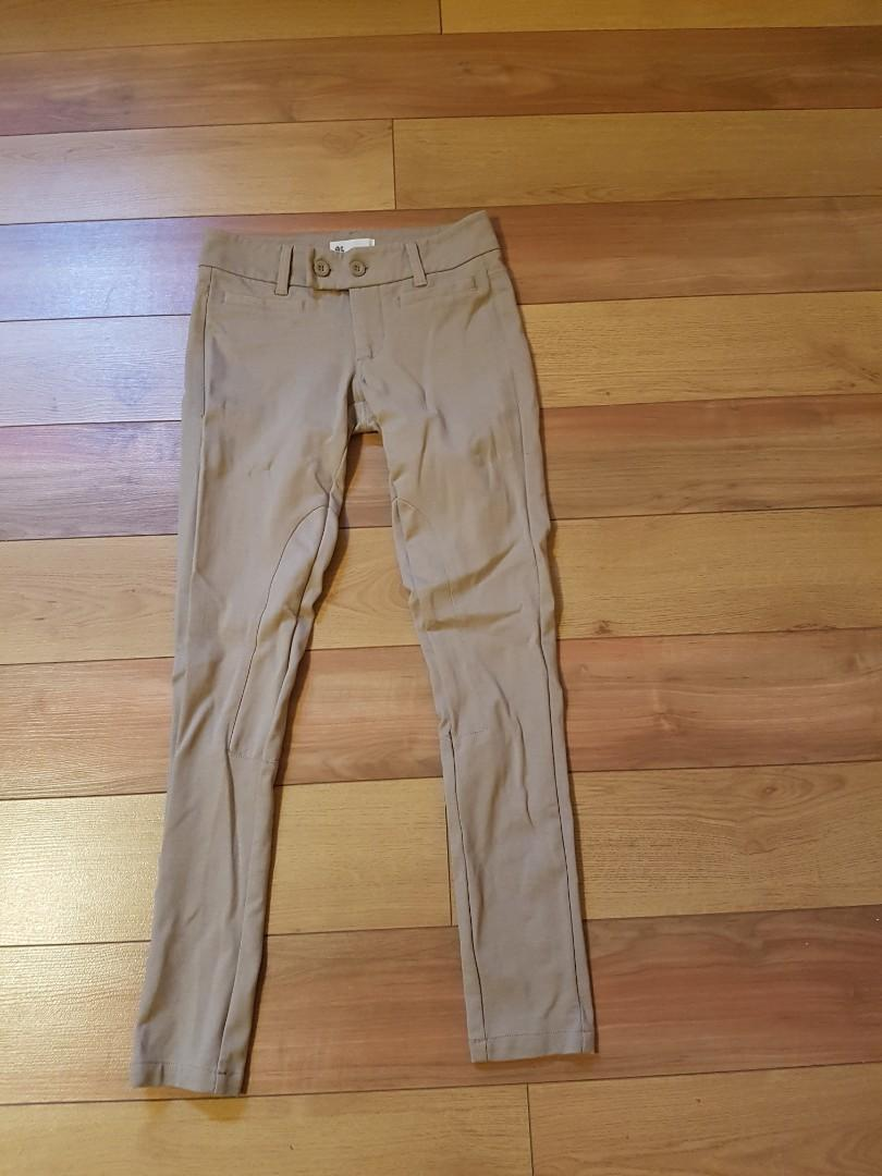 Unworn Hudson Bay Cream leggings