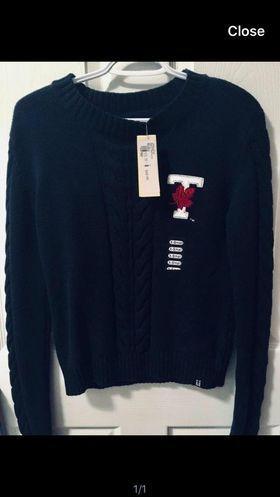 UofT Sweater XS