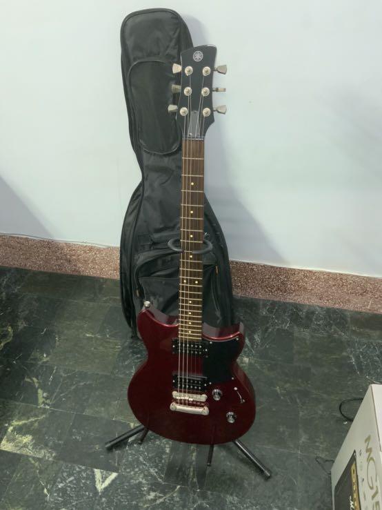 Yamaha-RS320 電吉他