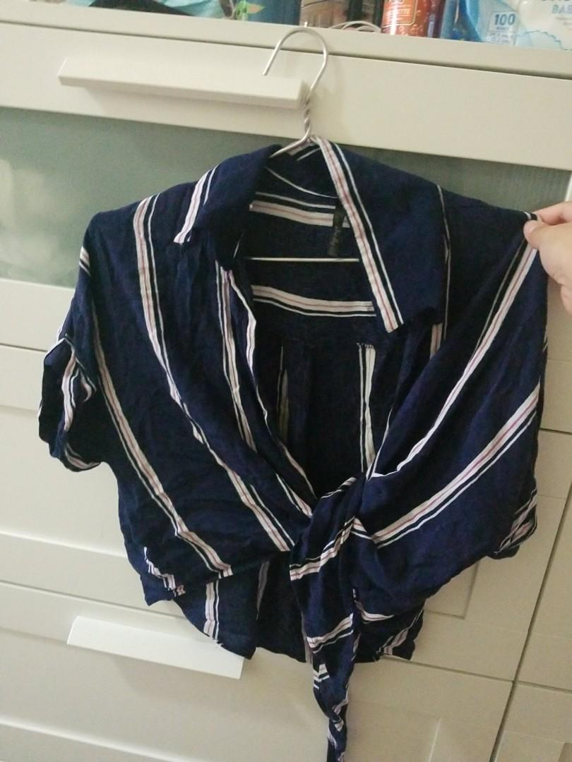 $5 striped cropped tie blouse size small