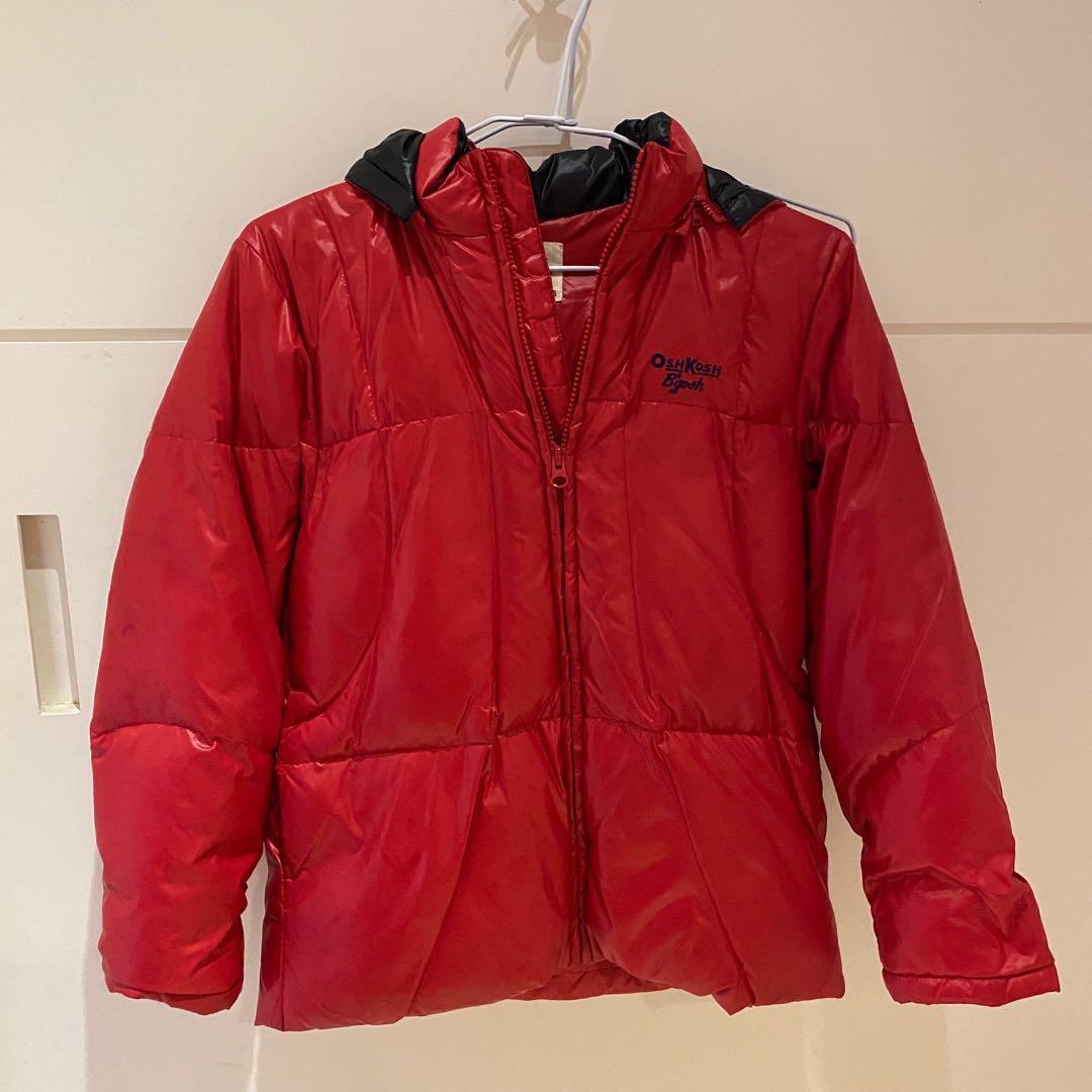 紅色羽絨外套