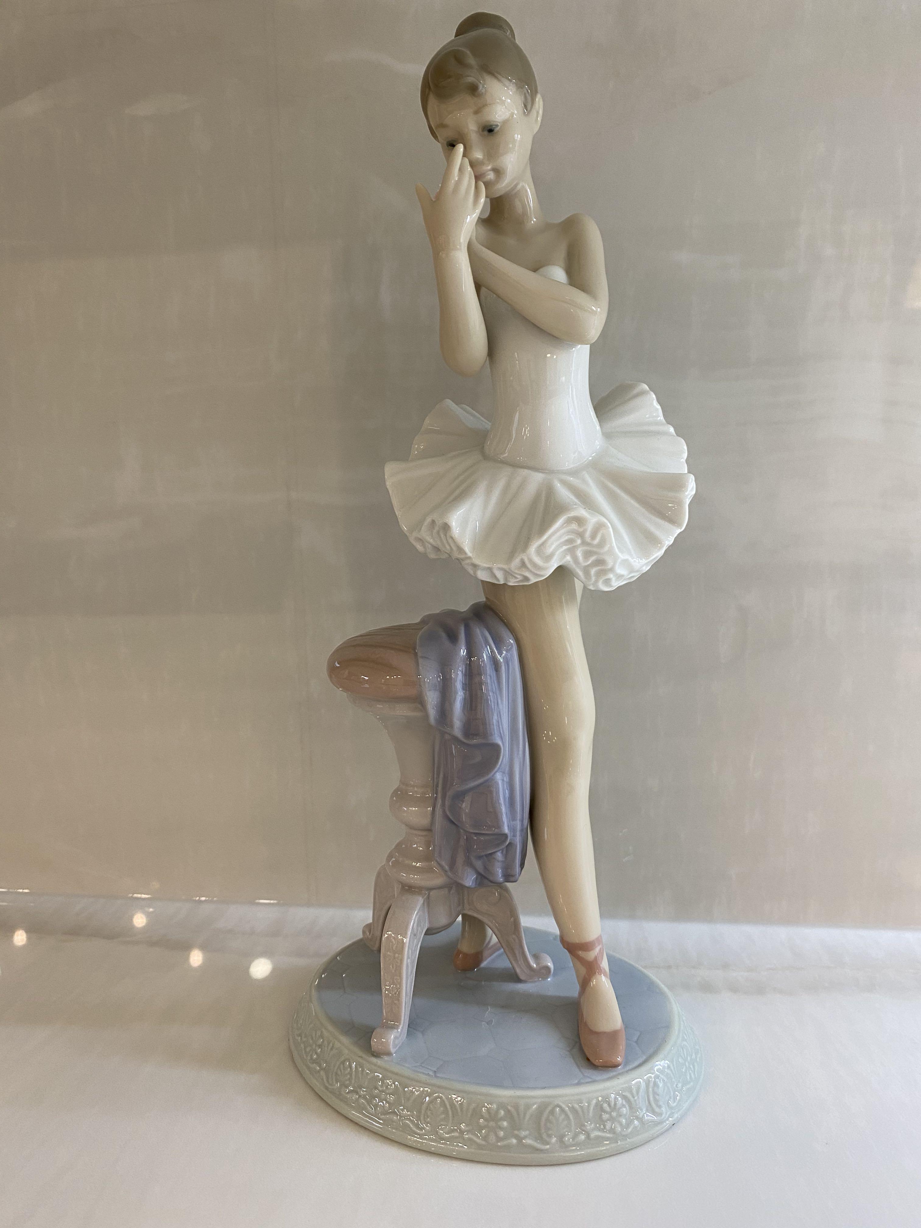Authentic lladro ballerina statue