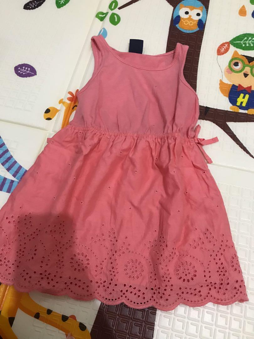 dress baby gap 18-24 bulan