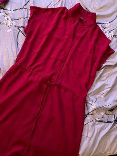 Dynamite Medium red midi dress