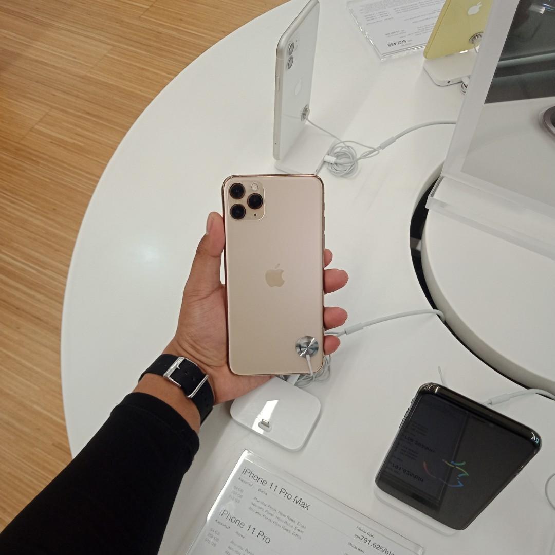 Iphone 11 pro max 64GB Kredit cuma 3mnt KTP+SIM