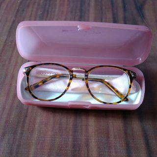Kacamata minus Vintage motif Leopard