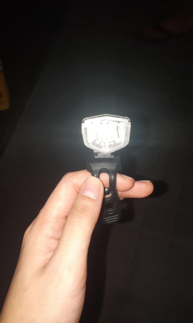 Lampu untuk sepeda