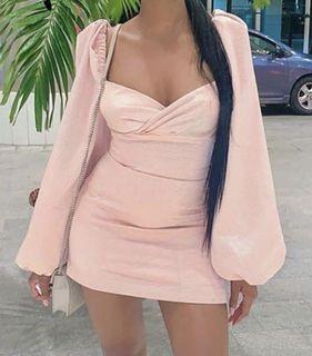 pink puffy dress