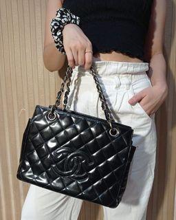Tas Chanel tote vintage