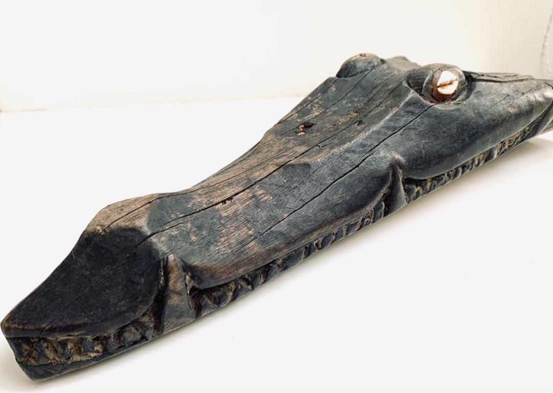 非洲鱷魚木雕
