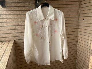古著 白襯衫 刺繡雕花