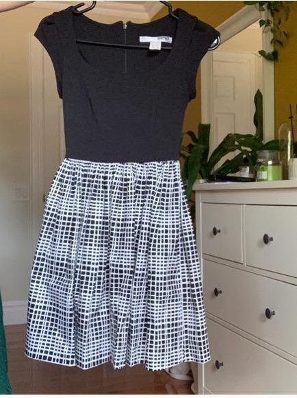 black/patterned circle dress