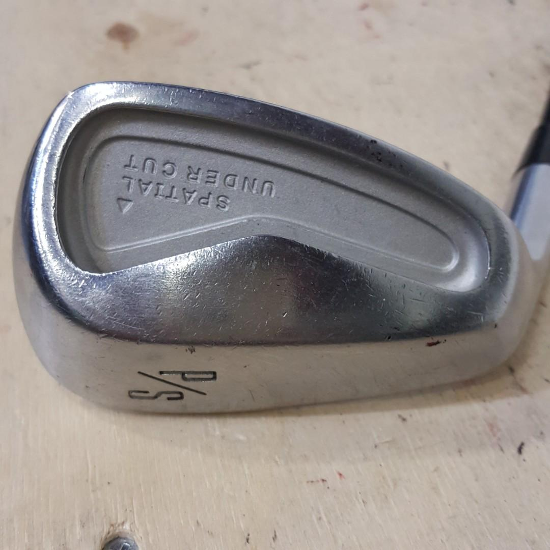 (Left) KLS wedge forged iron P/S 52deg KP GOLF