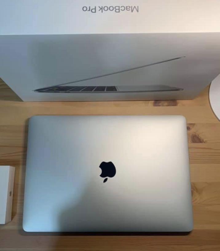 MacBook Pro 13寸 512GB 2020