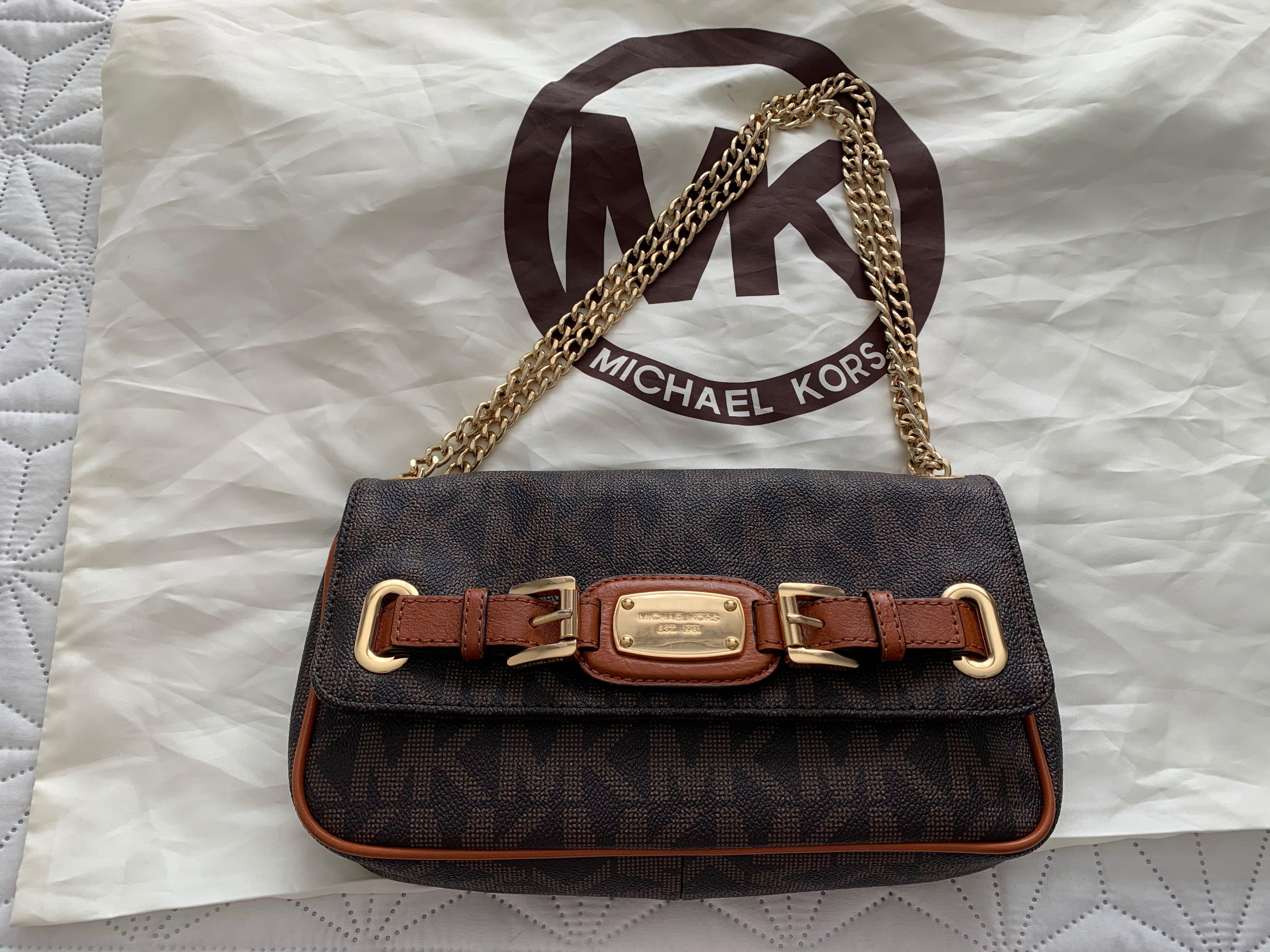 Michael Kors- clutch bag purse